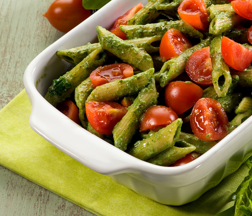 CH4217_RecipeWebtiles_Spinach Pesto Pasta with Cherry Tomatoes_404x3462